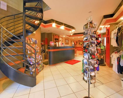 Lobby | Econo Lodge At The Falls North