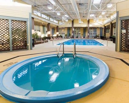 Indoor pool with hot tub | Comfort Inn & Suites Airport