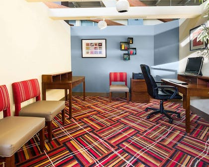 Business center with high-speed Internet access | Comfort Inn & Suites Airport