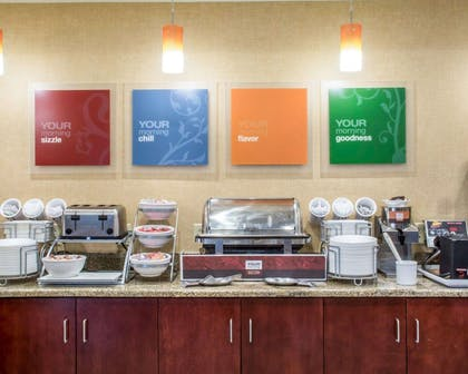 Free breakfast with waffles | Comfort Suites Cicero - Syracuse North