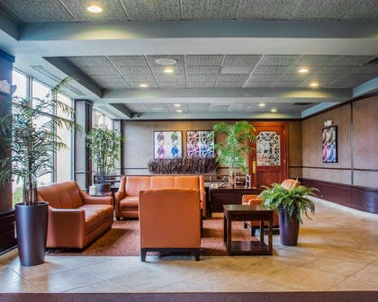 Spacious lobby with sitting area   Quality Inn & Suites Riverfront