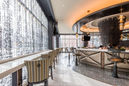 Hotel bar | Curtiss Hotel, An Ascend Hotel Collection Member