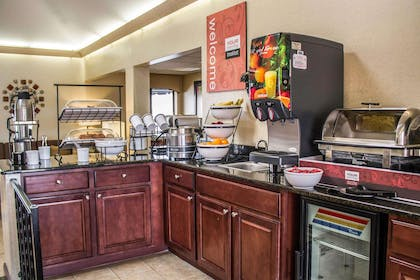 Assorted breakfast items | Comfort Inn East