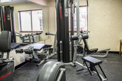 Fitness center | Comfort Inn East