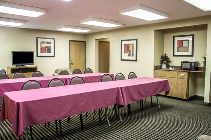 Meeting room with classroom-style setup | Comfort Inn East