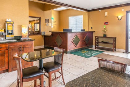 Hotel lobby | Quality Inn & Suites