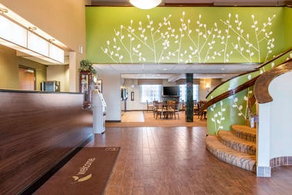 Hotel lobby | Sleep Inn And Suites Oregon