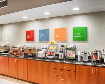 Breakfast counter | Comfort Inn & Suites West Chester - North Cincinnati