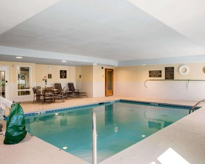 Indoor heated pool | Comfort Inn & Suites West Chester - North Cincinnati