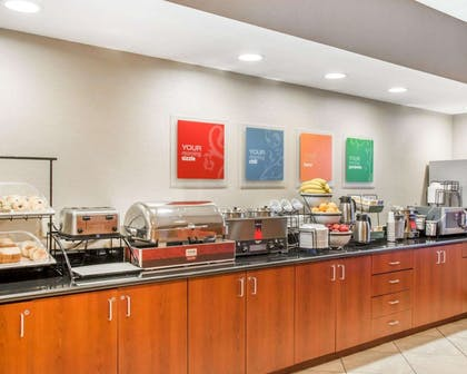 Free hot breakfast | Comfort Inn & Suites West Chester - North Cincinnati