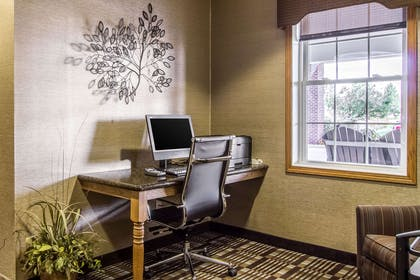 Business center | Comfort Suites Hotel and Conference Center