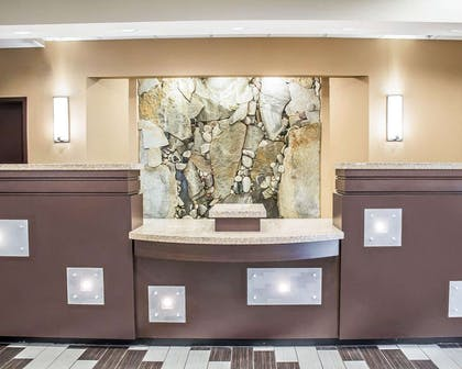Front desk with friendly staff | Comfort Suites Perrysburg - Toledo South
