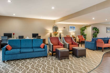 Hotel lobby | Comfort Suites Wright Patterson