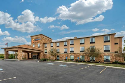 Hotel exterior | Comfort Suites Wright Patterson