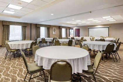 Meeting room | Comfort Suites Wright Patterson