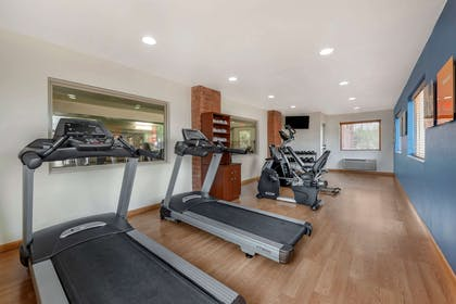 Fitness center | Comfort Suites Kings Island