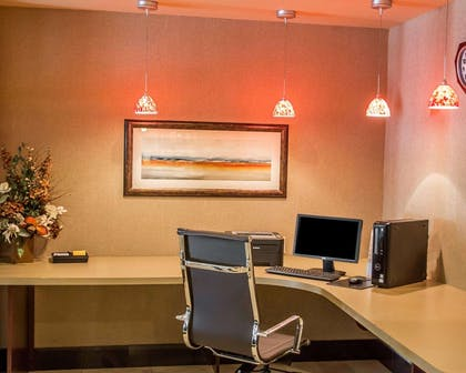 Business center with high-speed Internet access | Comfort Suites Cincinnati North