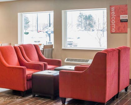 Lobby | Comfort Inn Mayfield Heights Cleveland East