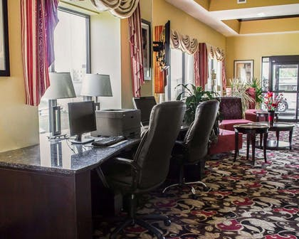 Business center with free wireless Internet access | Comfort Suites East Broad at 270