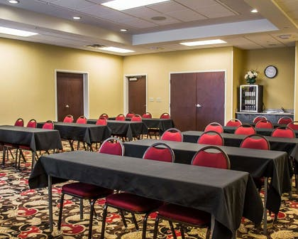 Meeting room with classroom-style setup | Comfort Suites East Broad at 270