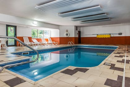 Indoor pool | Comfort Inn East