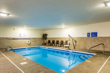 Indoor pool | Comfort Inn & Suites Dayton North