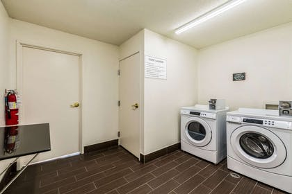Guest laundry facilities | Comfort Inn & Suites Dayton North