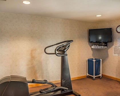 Fitness center with television   Quality inn & Suites Cincinnati I-275