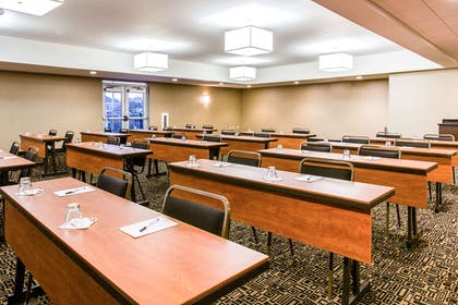 Meeting room | Cambria Hotel Cleveland Avon
