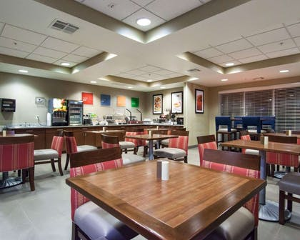 Spacious breakfast area | Comfort Suites Central/I-44