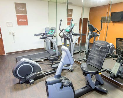 Fitness center with television | Comfort Suites Idabel