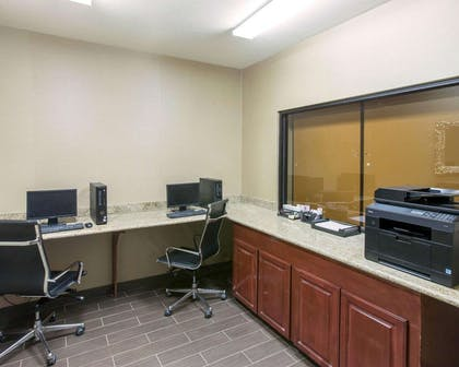 Business center with free wireless Internet access | Comfort Suites Idabel