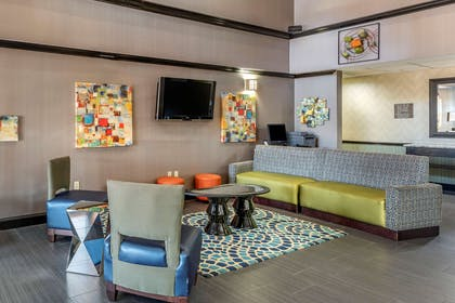 Lobby with sitting area | Comfort Inn & Suites Pauls Valley - City Lake