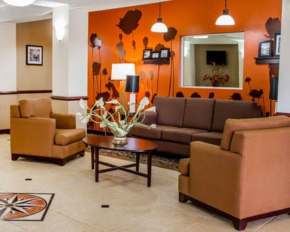 Lobby with sitting area | Sleep Inn & Suites Oklahoma City Northwest