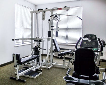 Fitness center with free weights | Comfort Suites McAlester