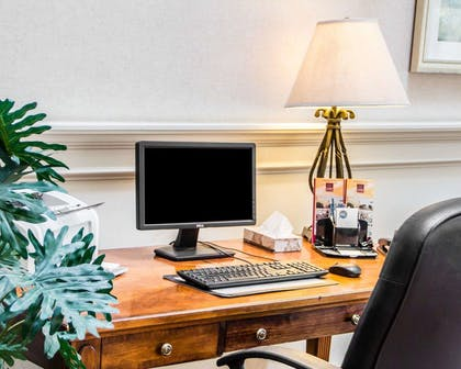 Business center with high-speed Internet access | Comfort Suites McAlester