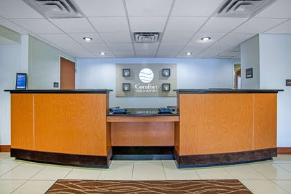Front desk with friendly staff | Comfort Inn & Suites Norman near University