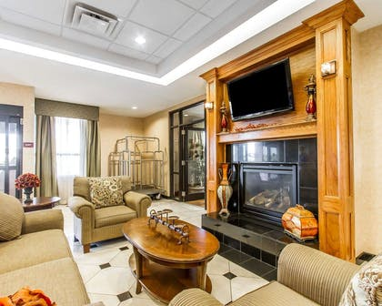 Lobby with fireplace | Comfort Inn & Suites Shawnee North near I-40