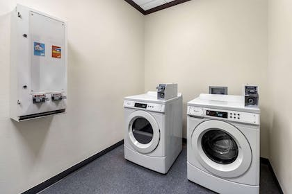 Guest laundry facilities | Comfort Inn & Suites Oklahoma City West - I-40