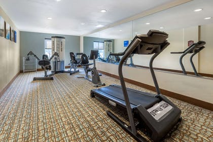 Fitness center | Comfort Inn & Suites Perry I-35