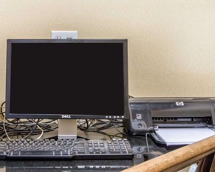 Business center with free wireless Internet access | Comfort Inn & Suites